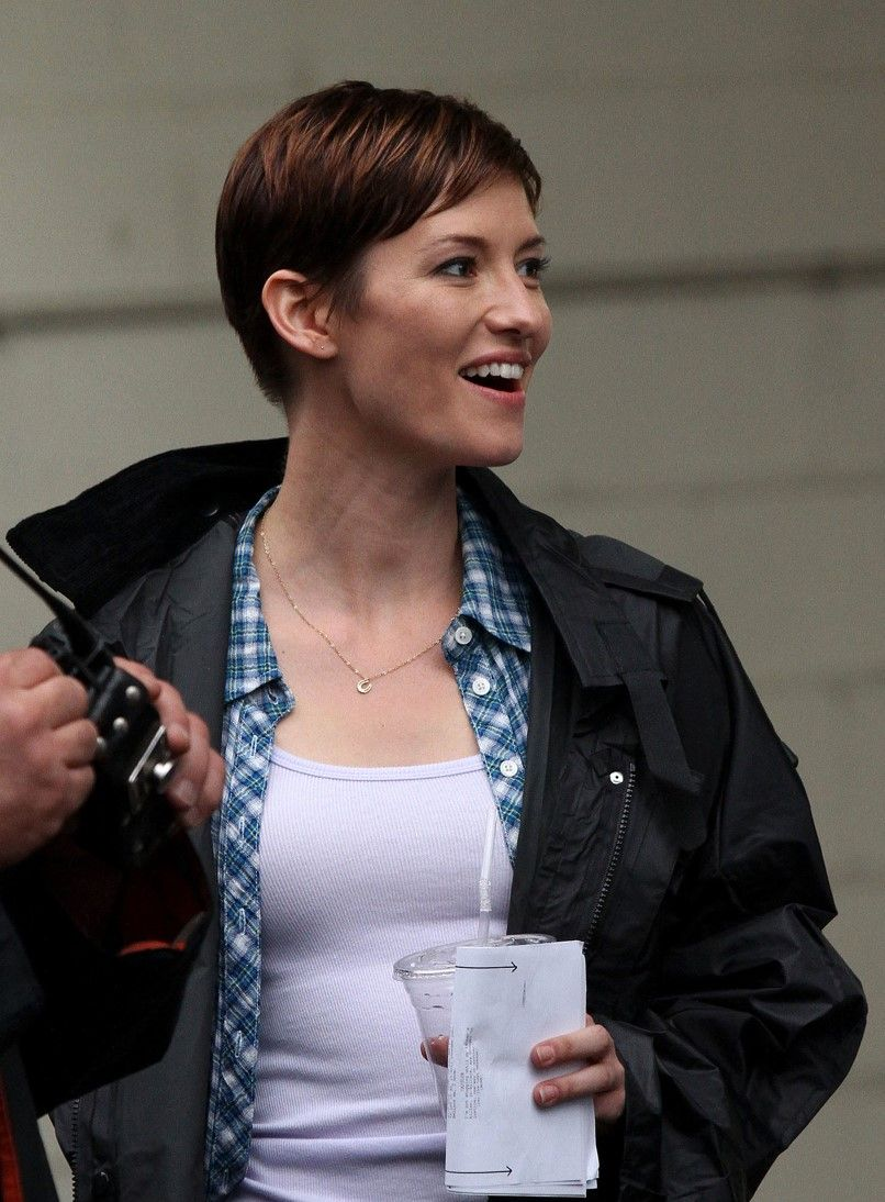 Pin By Lexie On Queen Chyler Leigh Short Hair Styles Mom Hairstyles Crop Hair