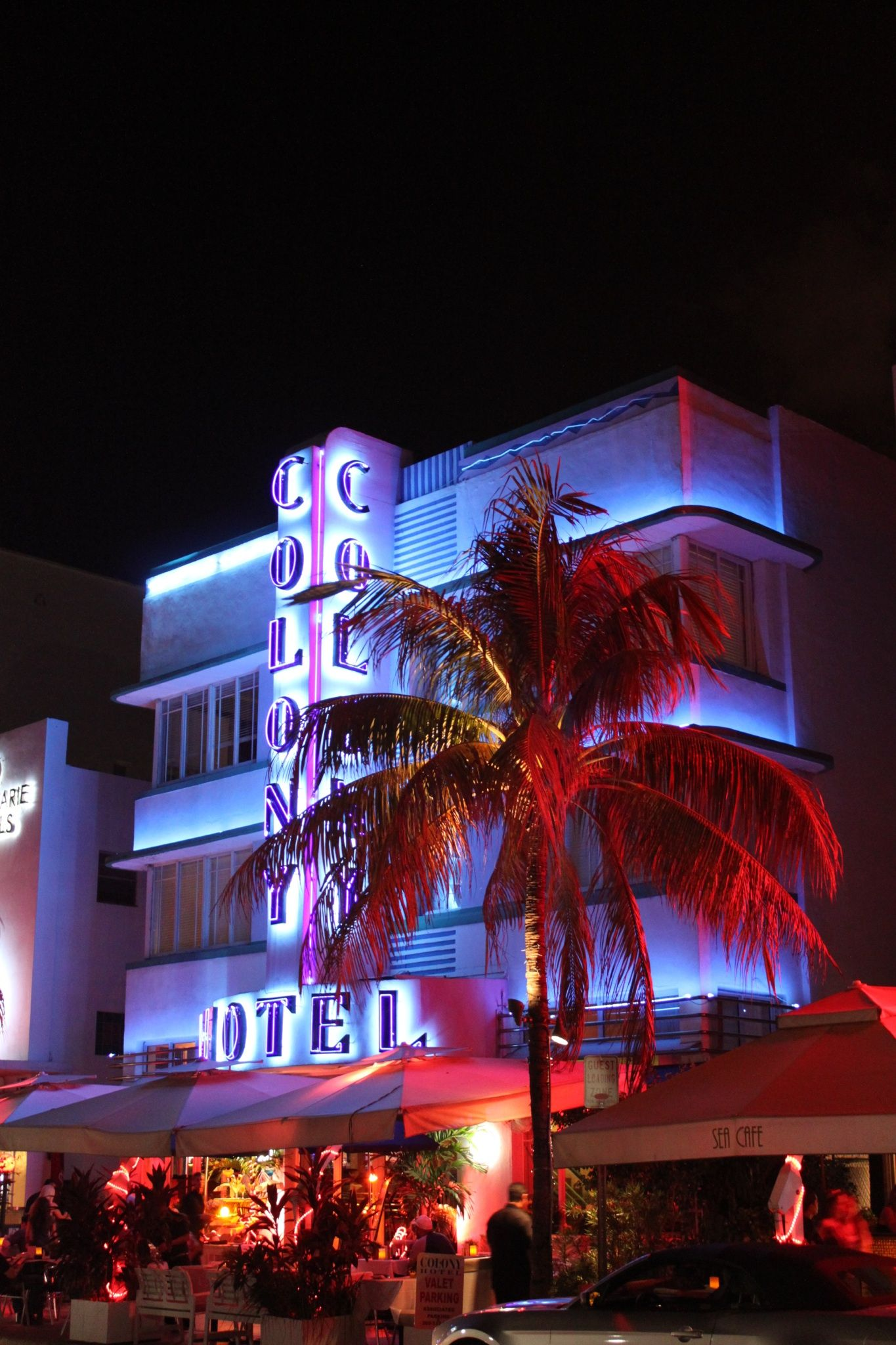 Ocean Drive, Miami >> Do You Like South Beach .Find The
