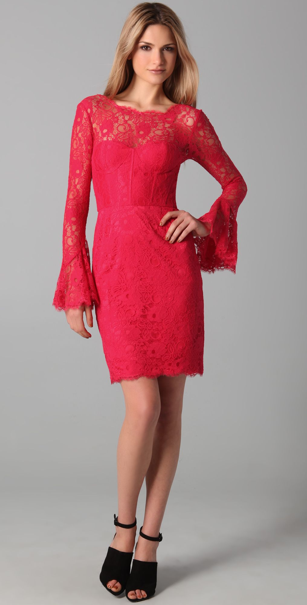 8d70387613cc BCBG Salina Red Lace Dress $298 Klänning Kjol, Mode Tips, Kläder