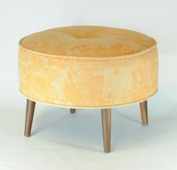 pouf rond motif vintage jaune orange par foututissu sur etsy tabourets pinterest tabouret. Black Bedroom Furniture Sets. Home Design Ideas