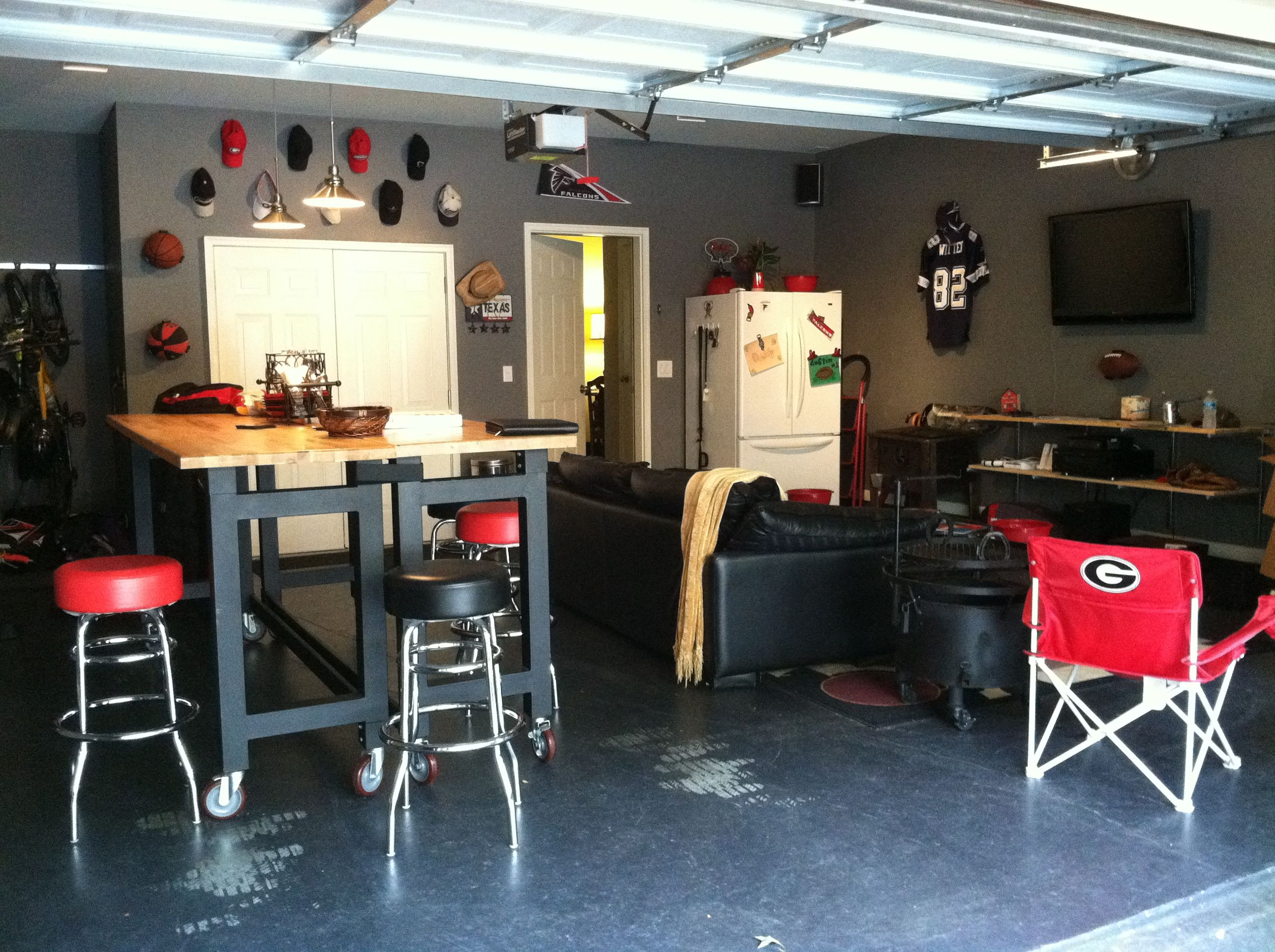 Garage Sports Bar. | Audio/Video Rooms | Pinterest