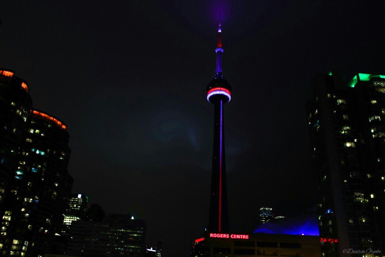 CN tower by night.  #Toronto #Ontario  Photo by Desirée Örjebo.