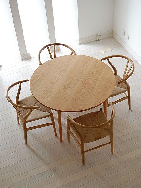 チェリー丸ダイニングテーブル(4本脚) / カグオカ