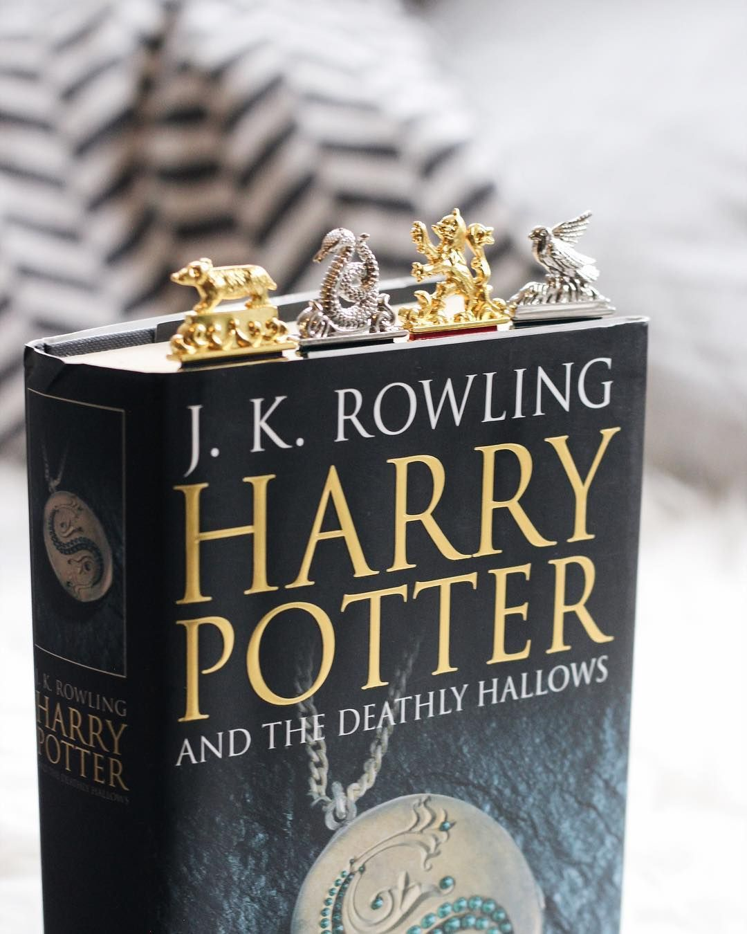 Housepride Potterhead Harrypotter Bookmarks Hogwartshouses Harrypotterbooks Harry Potter Hallows Rowling Harry Potter Harry Potter Aesthetic