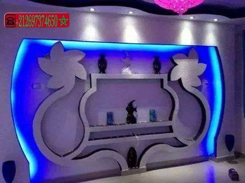 ديكورات الجبس العصري المغربي اشغال الجبس والديكور المنزلي Tv Wall Design Wall Tv Unit Design Interior Ceiling Design