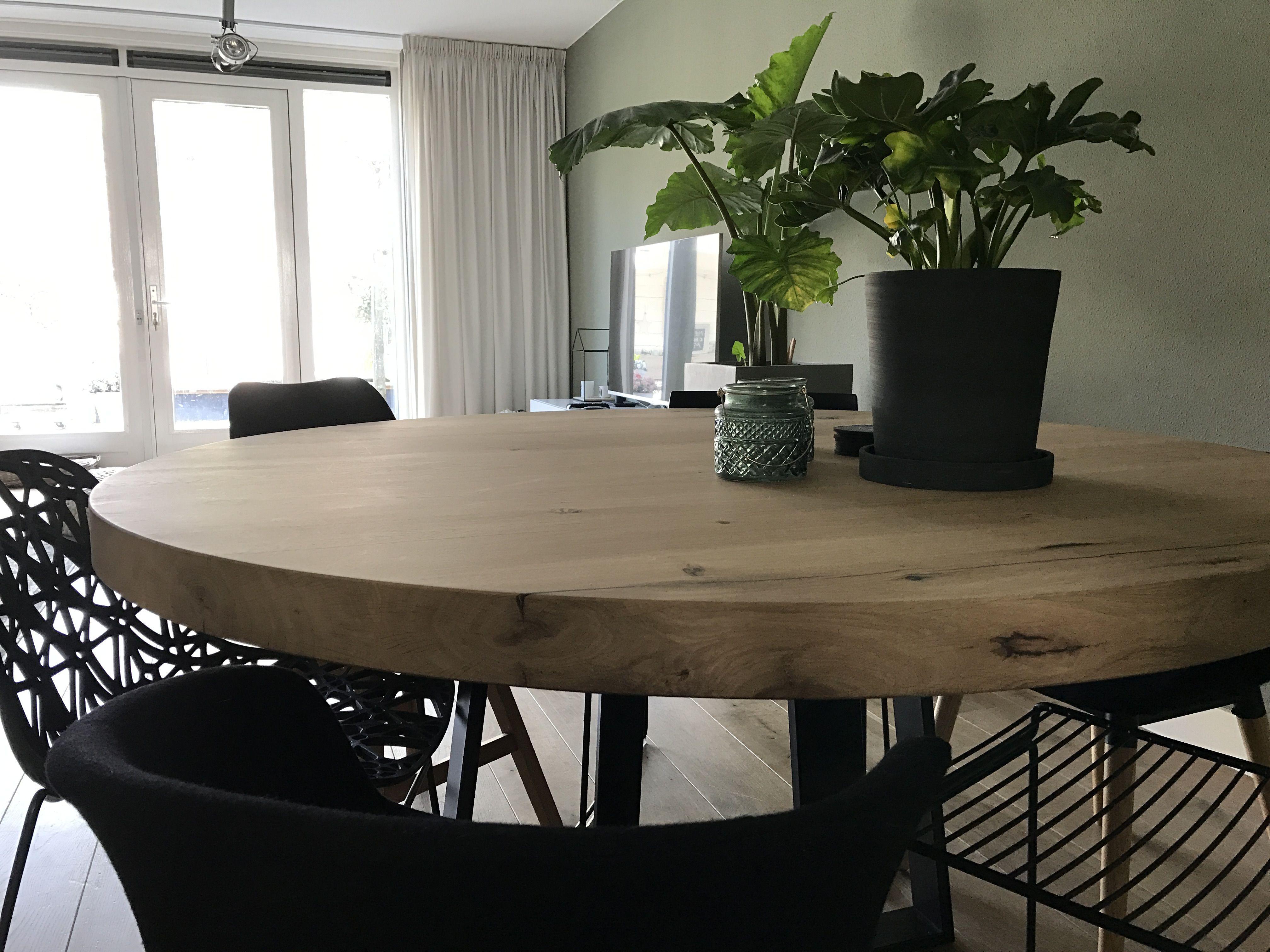 Ronde Eiken Houten Tafel.Portfolio In 2019 Tafel Stalen Onderstel I Zwaartafelen Round