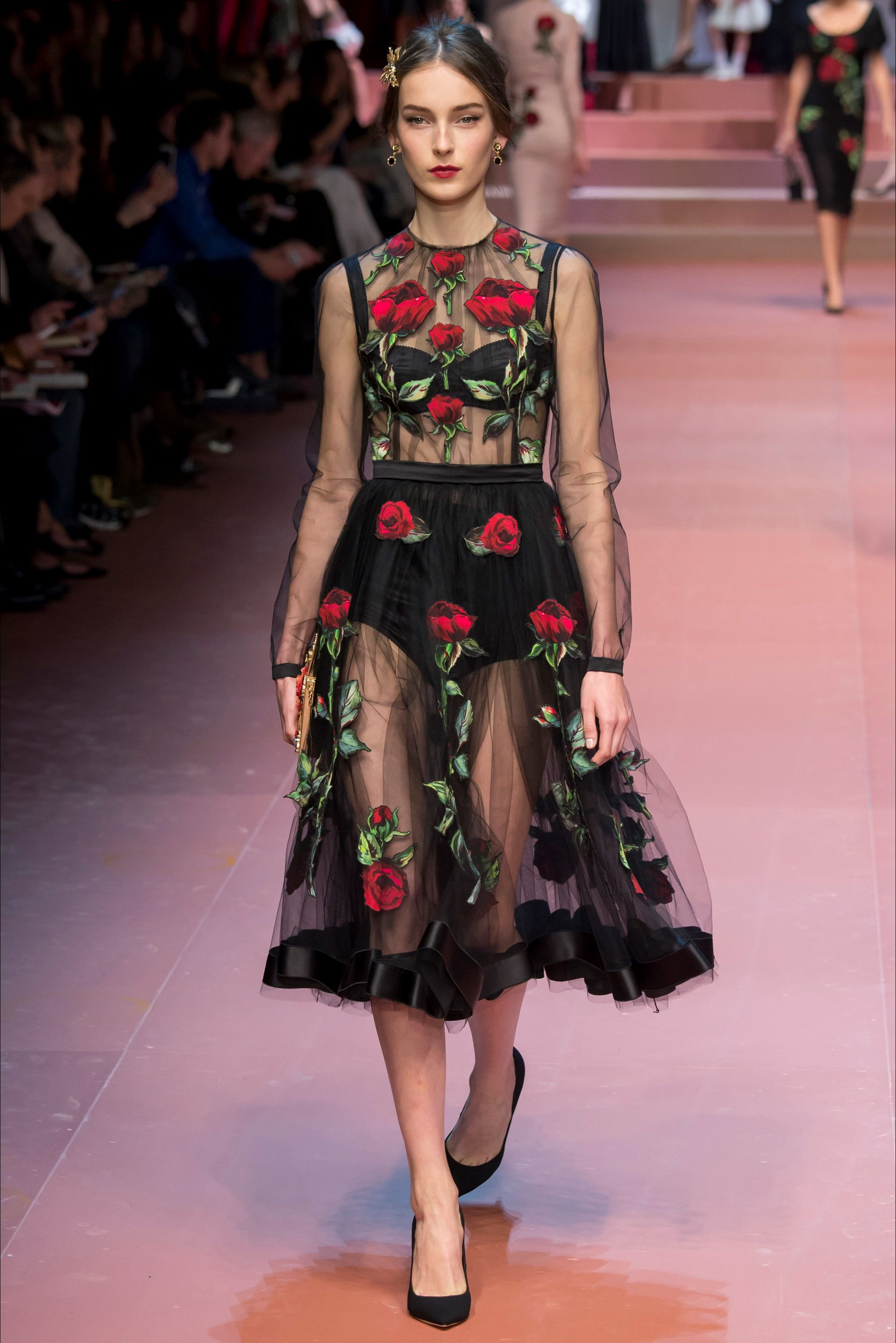 Dolce   Gabbana Fall Winter 2015-2016 - 69   Pretty dresses ... d647588f96a9