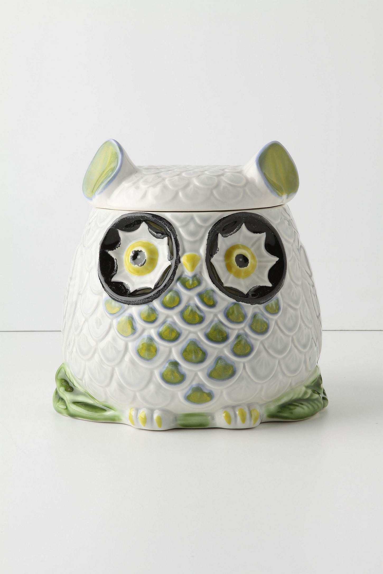 isn\'t this the cookie jar in Claire\'s house on Modern Family? I ...