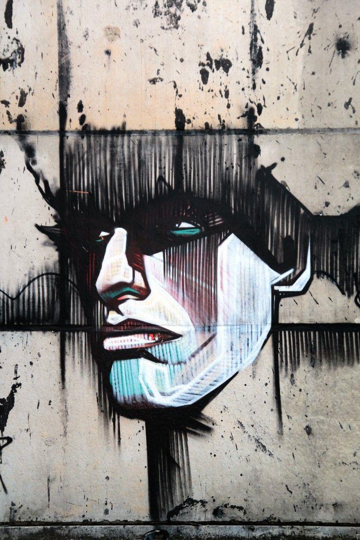 http://funtastique.fr/une-ville-fantome-belge-est-devenue-le-paradis-du-street-art/