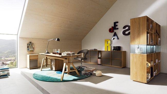 ideen jugendzimmer junge dachschräge holzmöbel