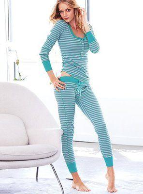 Victoria Secret Pajamas Set  8f4d9b2ce