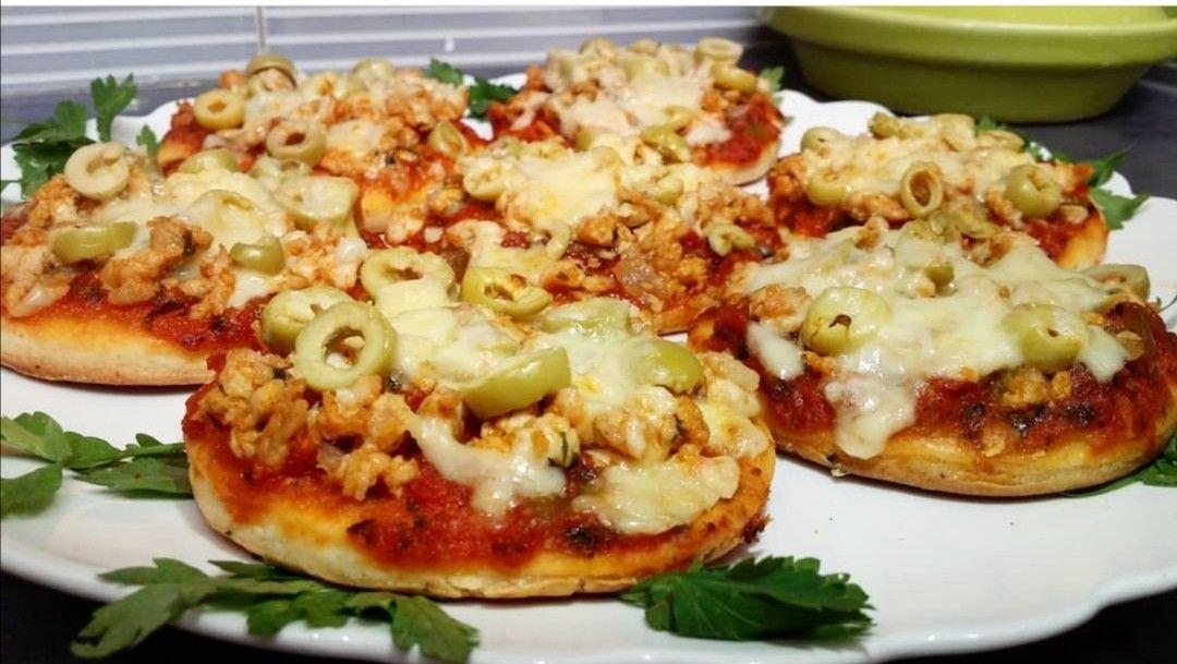 ميني بيتزا بحشوة لذيذة جدا جدا وسريعة في التحضير Food Vegetables Cauliflower
