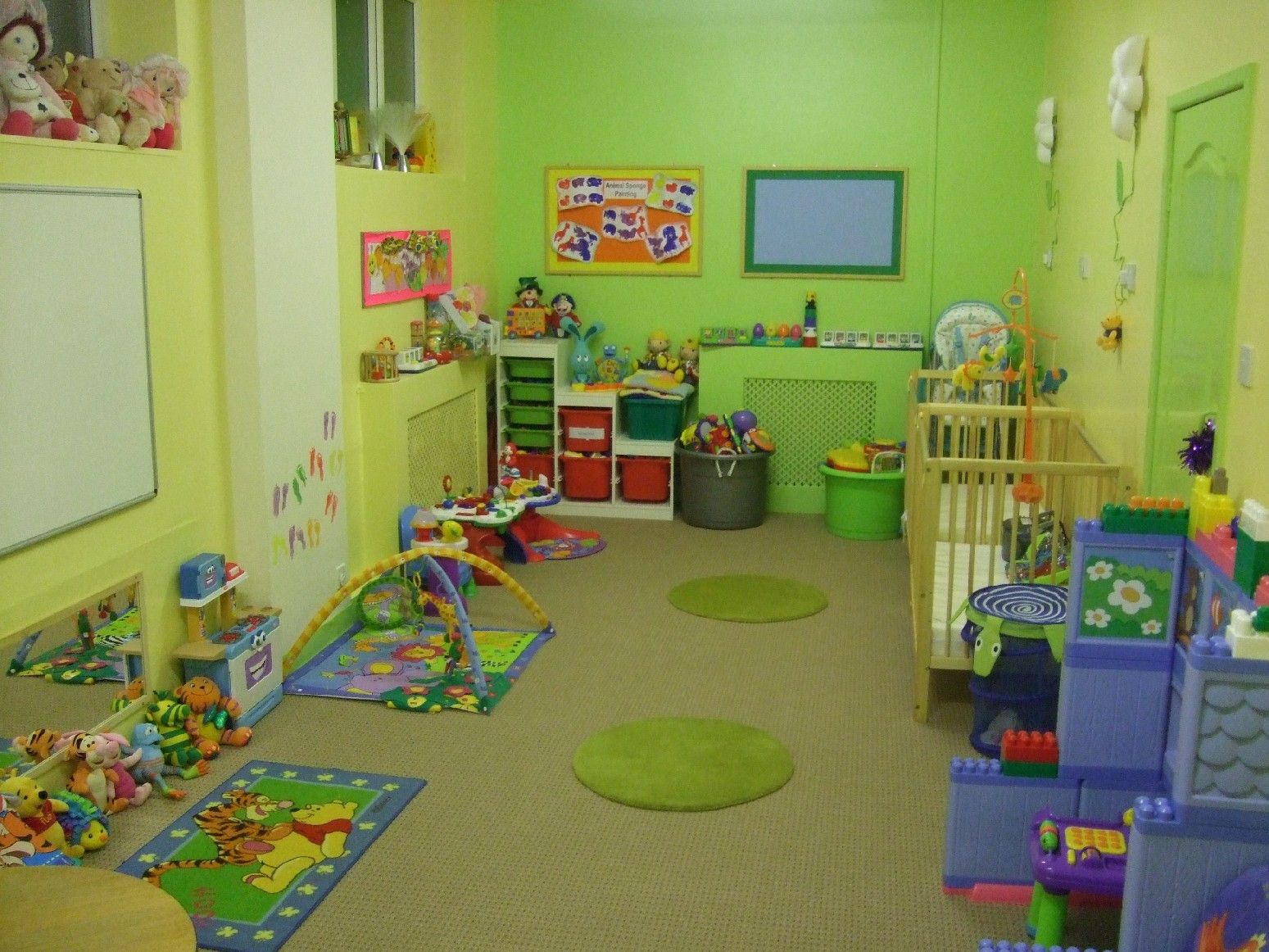 Daycare layout design for infant room welcome to our for Ideas for decorating baby room
