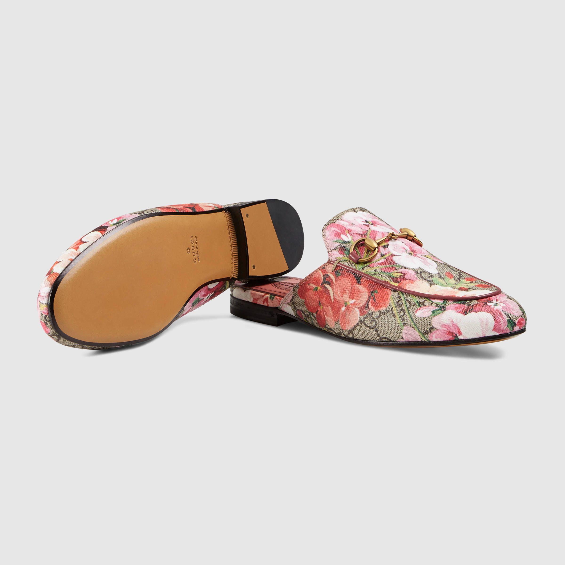 17b46653a25 Gucci Women - Princetown GG Blooms slipper - 432772KU2P08973