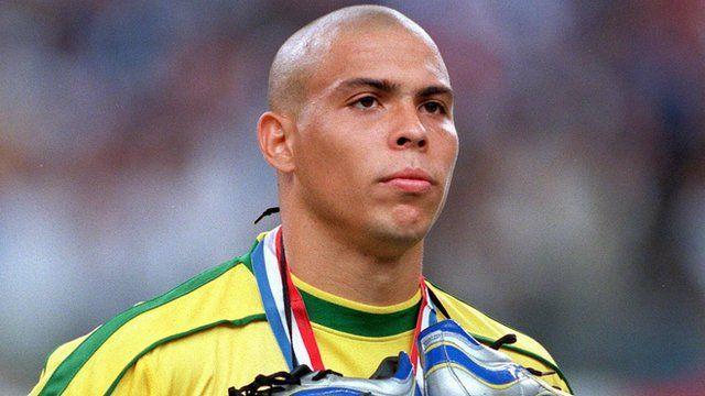 BBC Sport - World Cup 2014: Brazil's Ronaldo explains 1998 final scare
