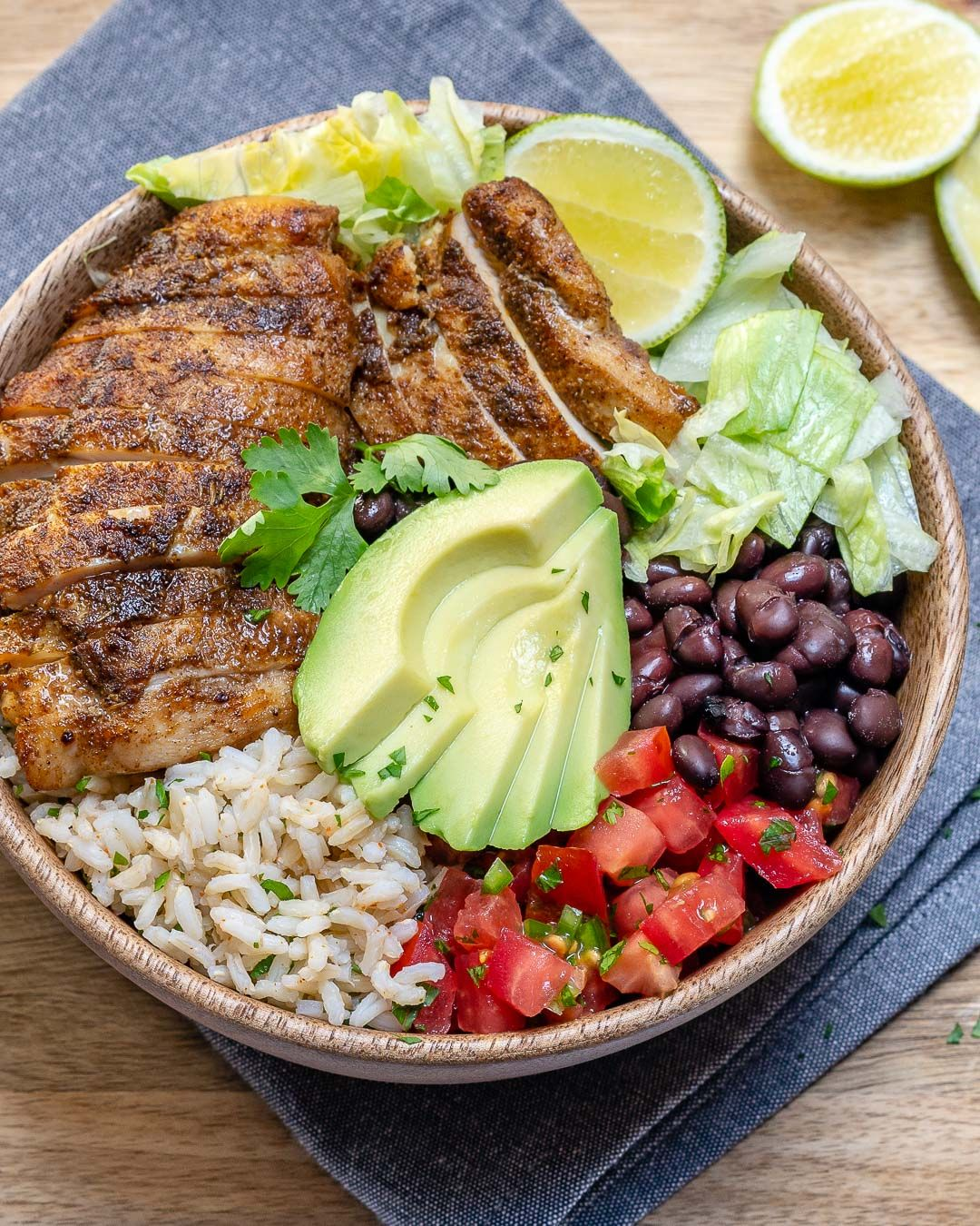 Southwest Chicken + Rice Bowls #cleaneating