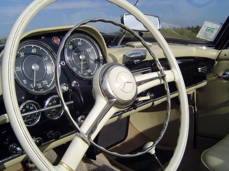1961 Mercedes Benz #190SL #Roadster. For all your Mercedes Benz 190SL restoration needs please visit us at http://www.bruceadams190sl.com. Seen at: http://www.mbclassicgarage.com/2012/10/mercedes-benz-190sl-1961-r121.html