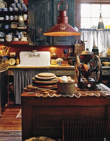 Decorating with American Country Antiques | Country living, House ...