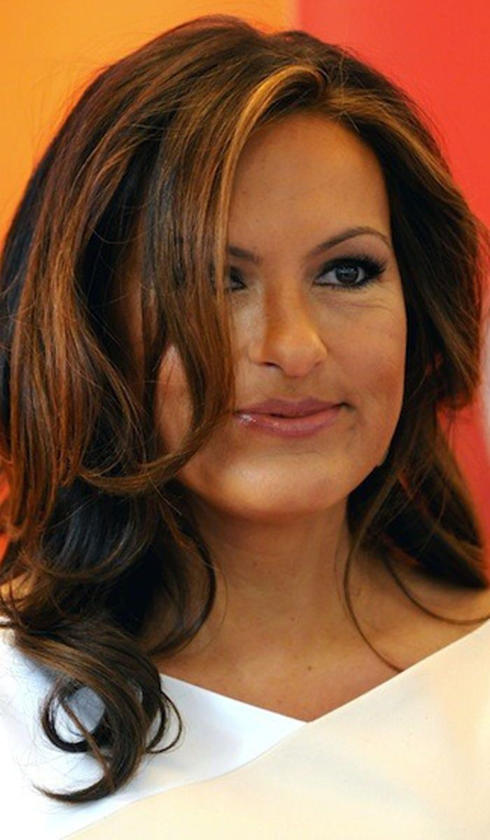 14 Mariska Hargitay Hairstyles To Inspire You Hair Styles Celebrity Hairstyles Hair Beauty