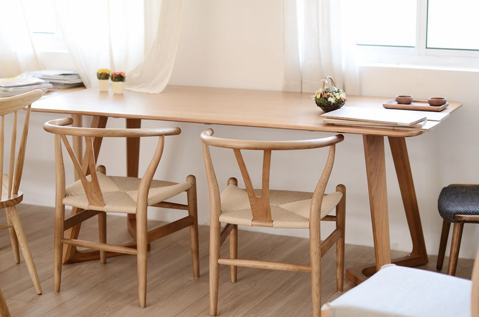 Creative Foot Shaped Nordic Ikea Solid Wood Dining Table White Oak Furniture