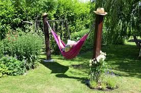 h ngematte im garten ohne gr baum pfosten room garden garden hammock und garden solutions. Black Bedroom Furniture Sets. Home Design Ideas