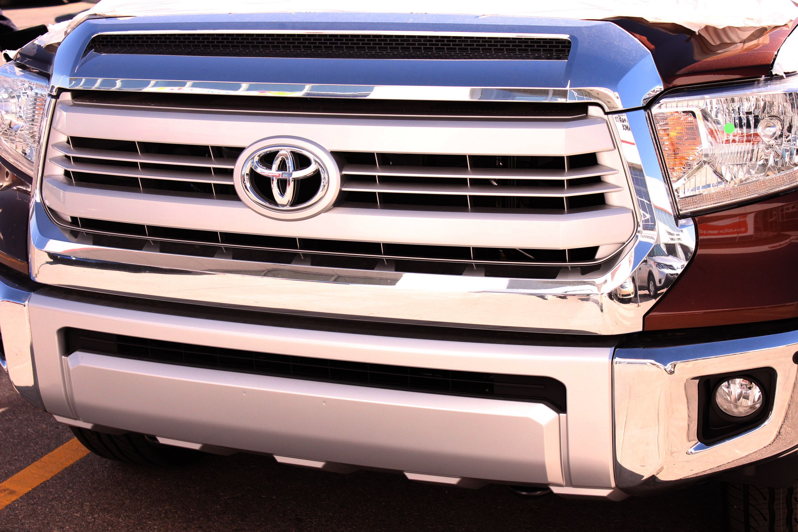 2014 toyota tundra front grille badge chrome 1794 edition