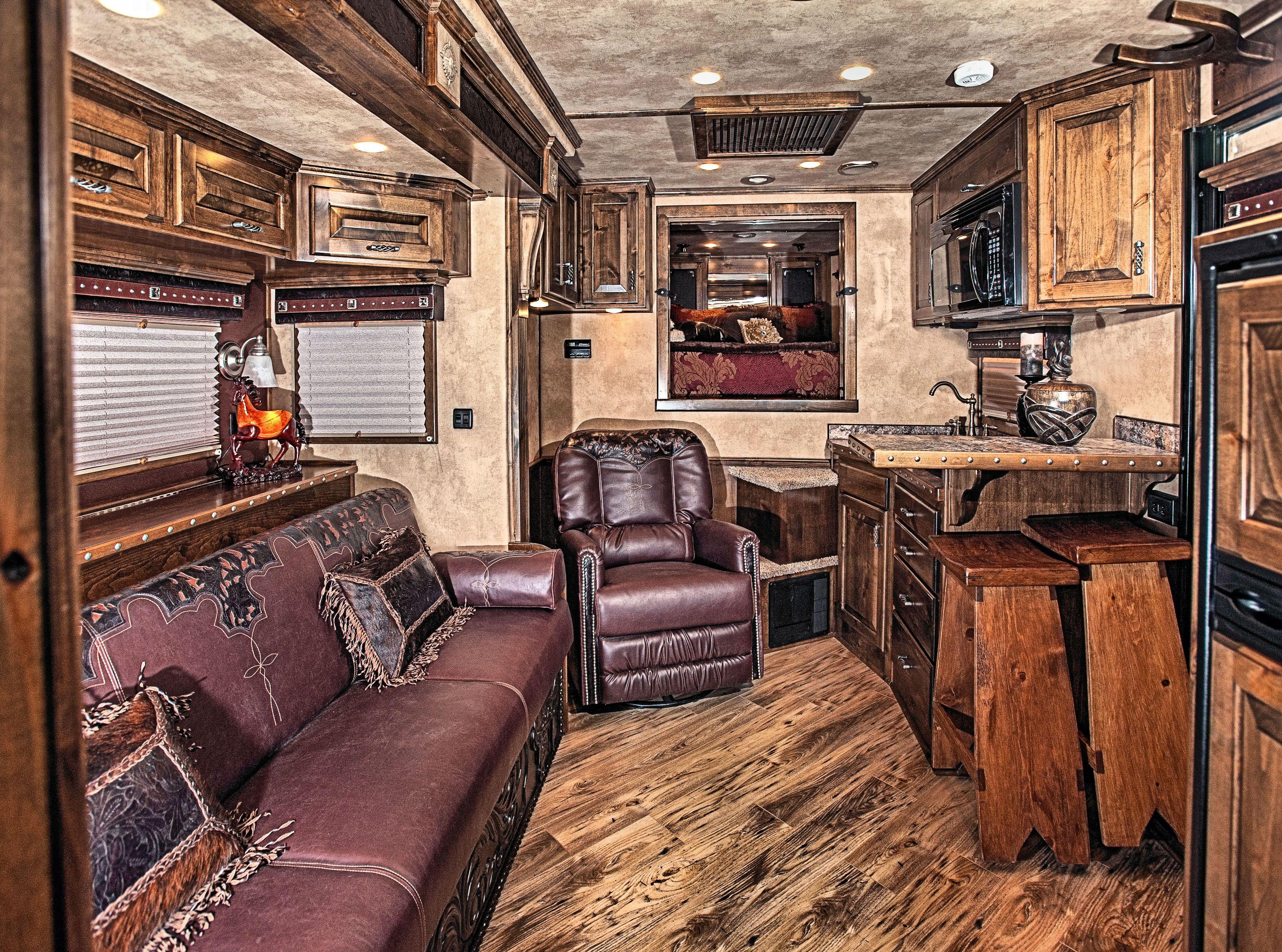 Living quarters trailer galleries elite trailers horse