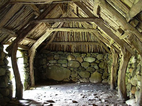 Historic barn in argyll in the west of scotland http for Rustic timber frame homes