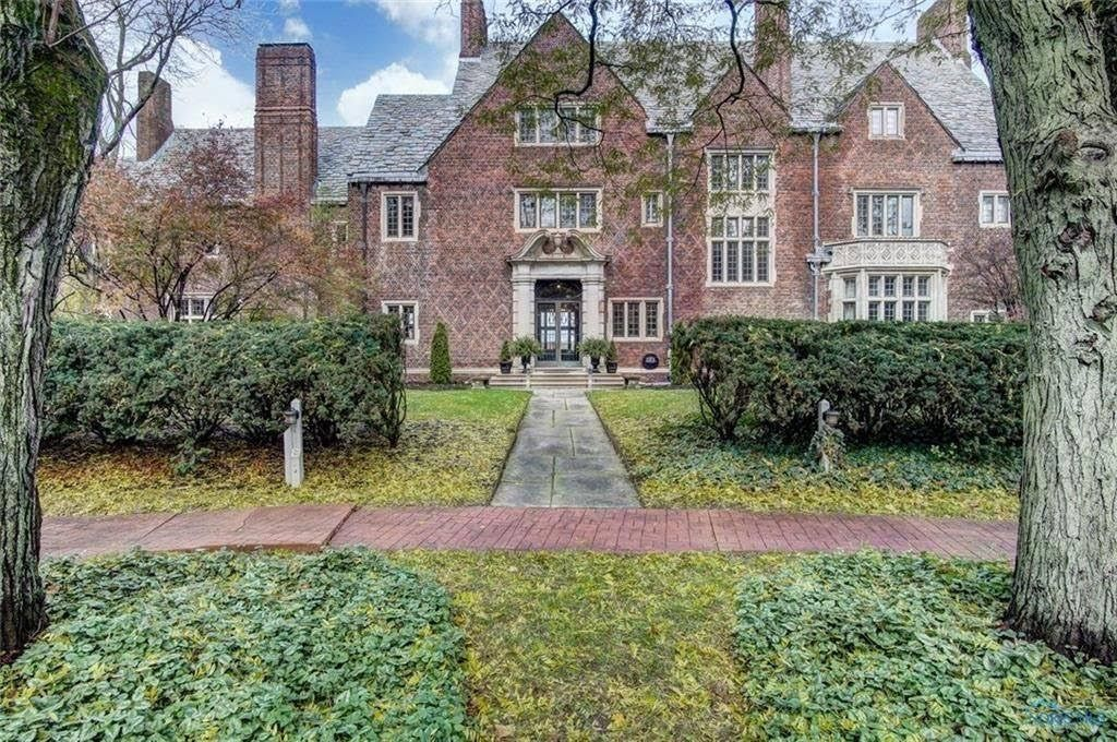 1927 The Ford Mansion For Sale In Perrysburg Ohio Mansions For