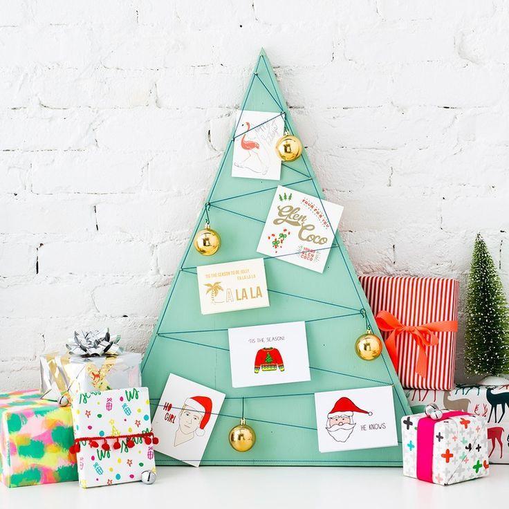 DIY Christmas Card Holder and Display Ideas | Card displays, Diy ...