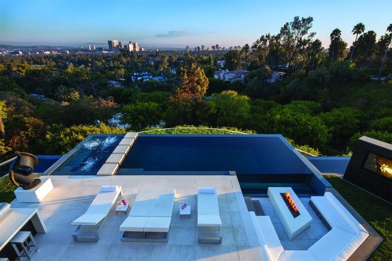 Laurel Way By Whipple Russell Architects Beverly Hills Mansion Beverly Hills Houses Modern Pools