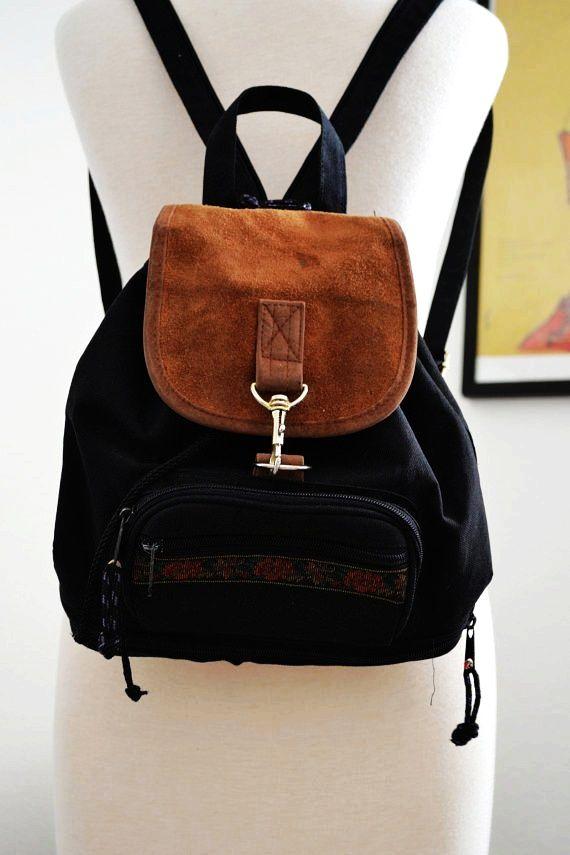 Gioghi Shoulder Bag Black