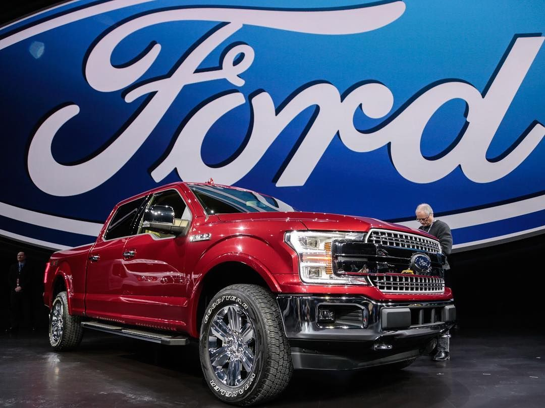 The 2018 Ford F 150 Gets A Fresh Update At Naiasdetroit Photo Ryan Garza Usa Today Network Usat Ly 2jjbinh Ford Fordf 2018 Ford F150 Ford Pickup Trucks Ford