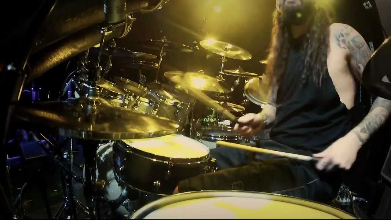 Mike Portnoy -- Guitar Center Drum Off 2011 (Part I)