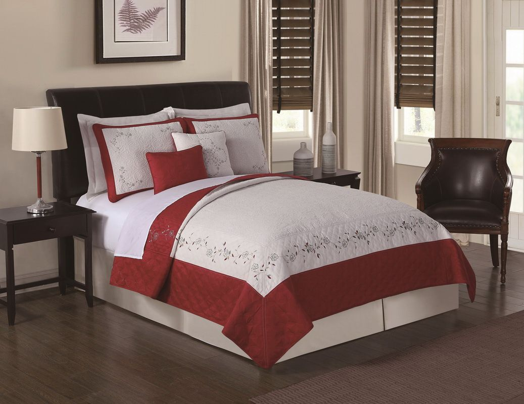 Opentip.com: PEM America QS9021LBQ5-2500 Constance Loganberry Embroidered Queen Quilt Set