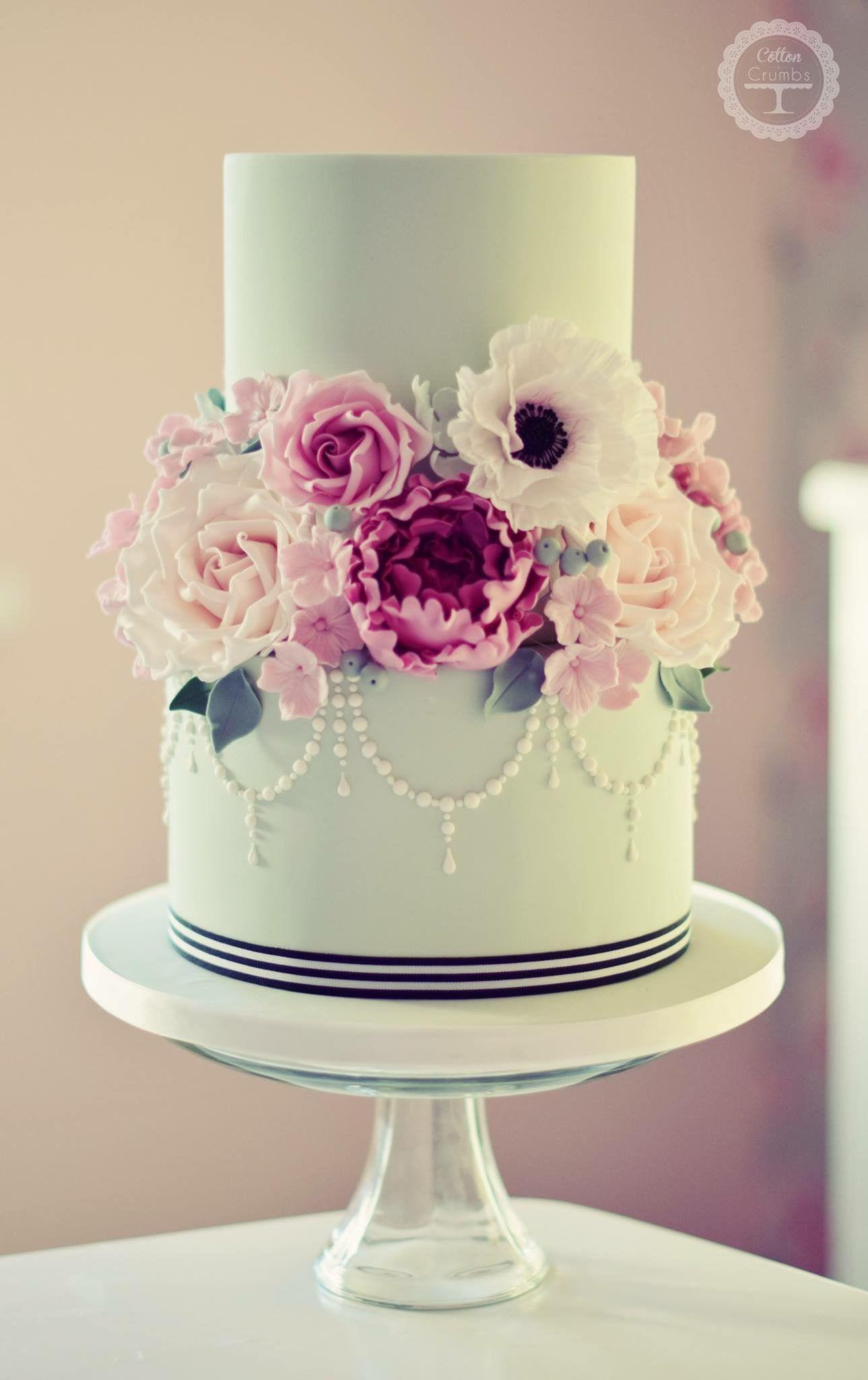 pin von cakecelebrations auf wedding cakes in 2018 pinterest kuchen hochzeitstorte und. Black Bedroom Furniture Sets. Home Design Ideas