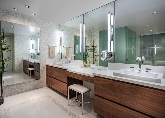 Attrayant Chic Master Bathroom Jade Contemporary Bathroom Design Interior Decorated  With Wooden Modern Bathroom Vanities Furniture Ideas