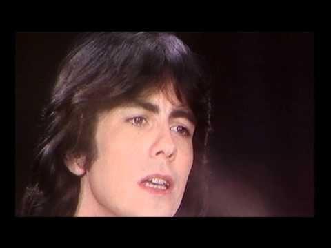Alain Chamfort Le Temps Qui Court Hq Youtube Avec Images