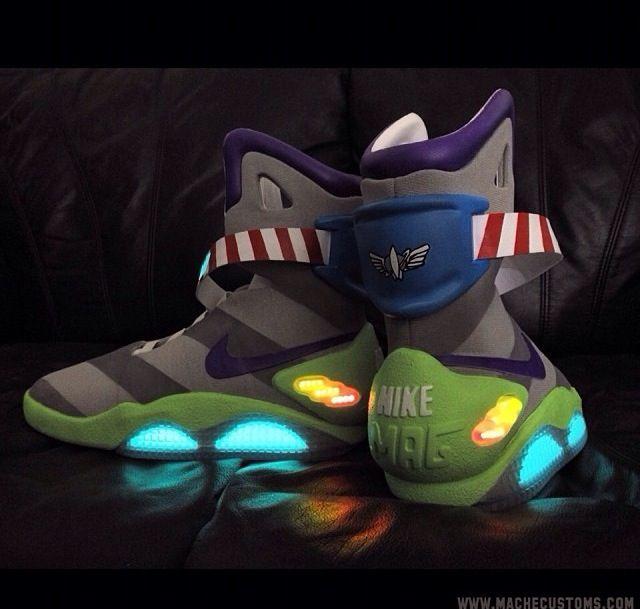 Buzz LIGHTYEAR Nike air MAGZ! | Schoenen, Nike, Hoes