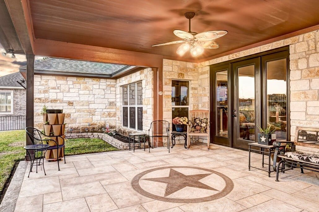 Allied Outdoor Solutions Carvestone Patio In 2020 Outdoor Solutions Patio Concrete Patio Designs
