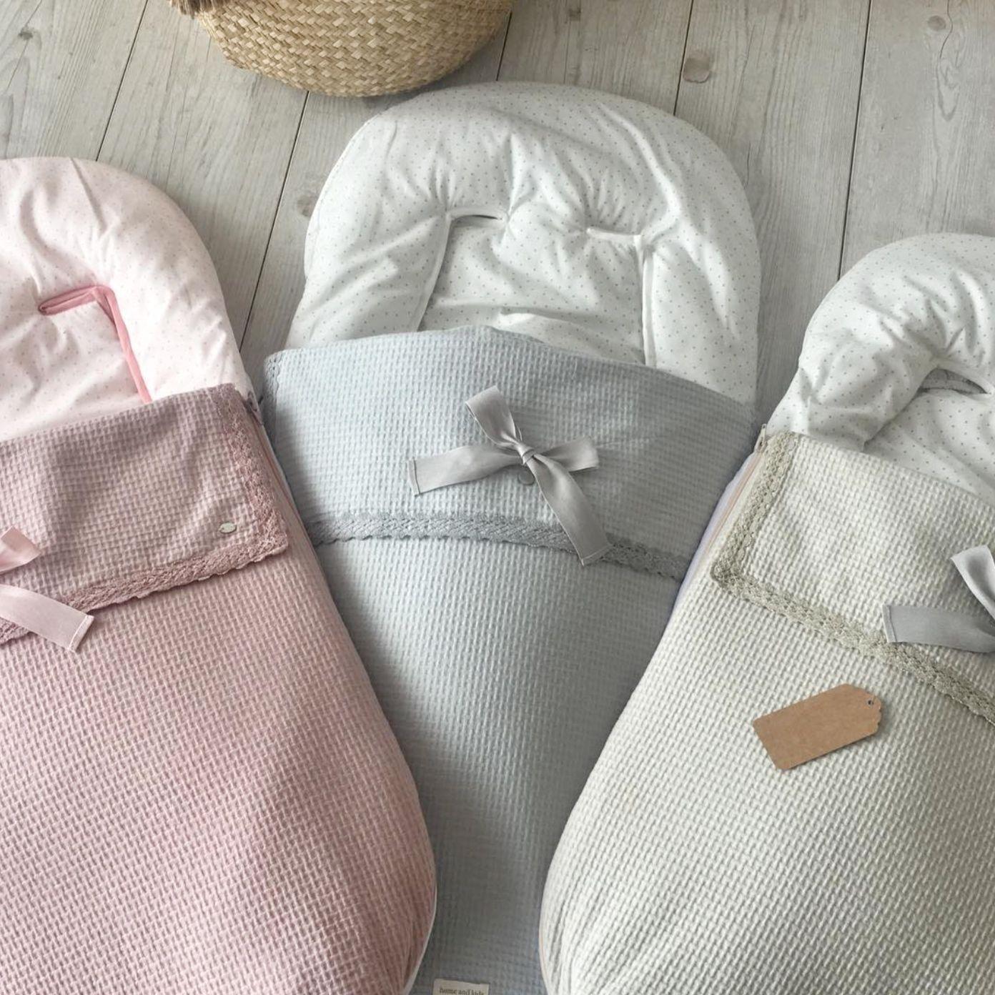 Pudertöne Babymode Baby Accessoires Spanische Mode