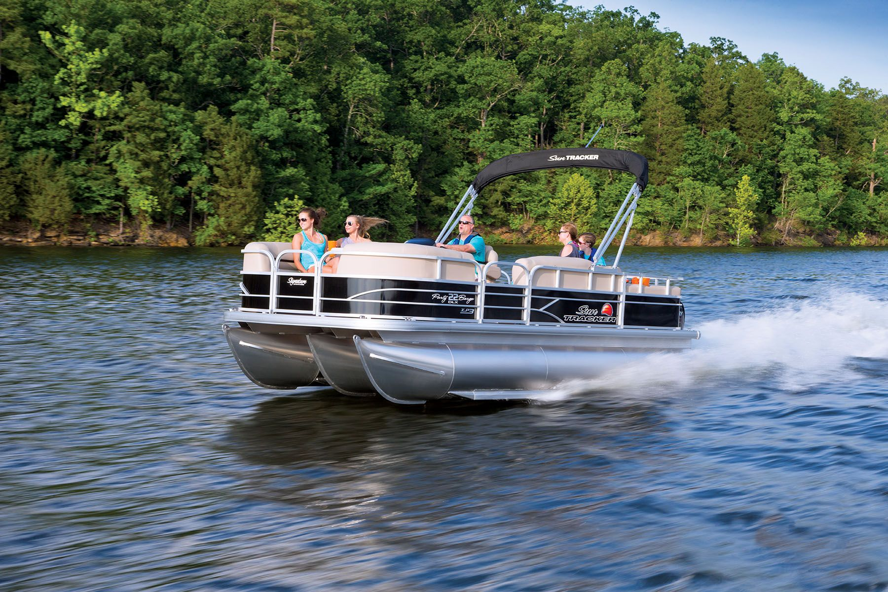 Party Barge 22 Xp3 Available Through Springfield Tracker