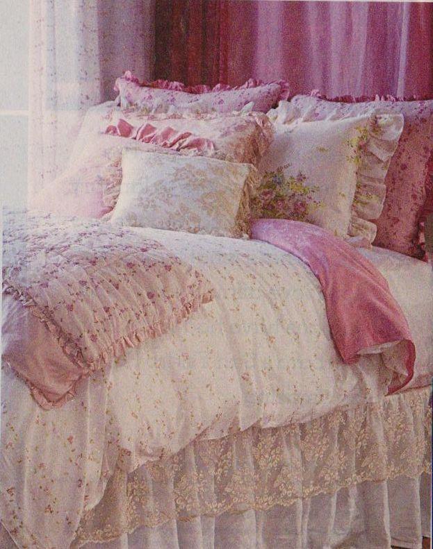 pin von charlotte petermichl auf schlafzimmer bedroom pinterest maisonette und. Black Bedroom Furniture Sets. Home Design Ideas