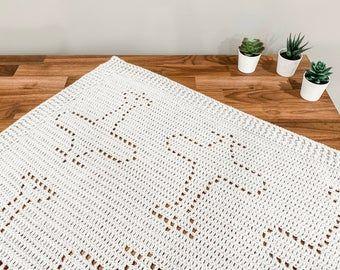 Crochet Fish Blanket Pattern | Cleo Blanket Pattern