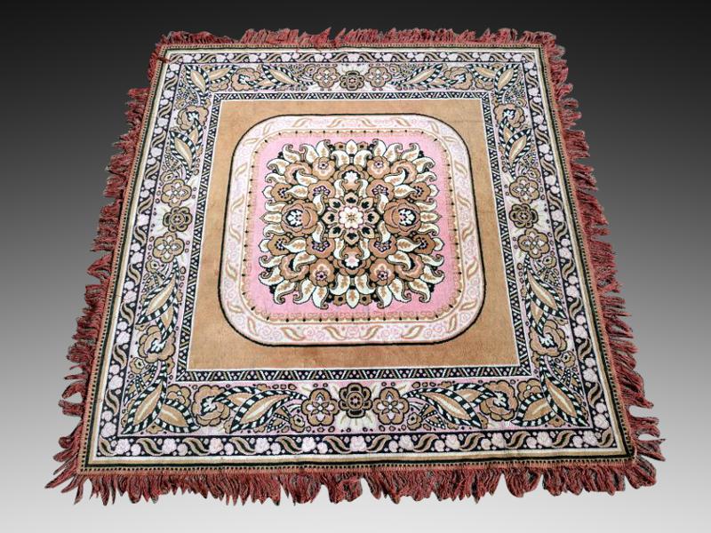 French Art Deco Carpet 1930 - http://www.artdecoceramicglasslight.com/categories/rugs-tapestries/ref-11105---french-art-deco-carpet-1930