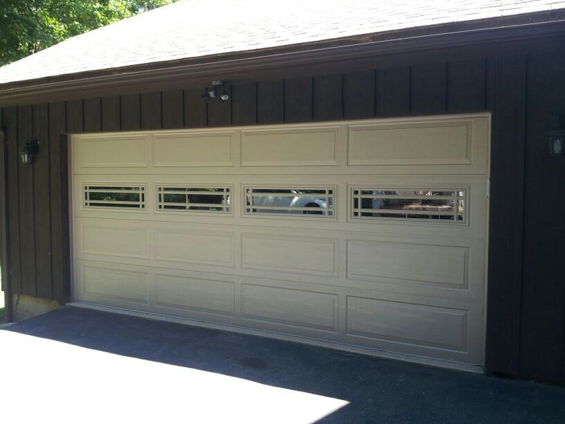 raynor garage doorsRaynor Claytone Ranch with Prairie Windows  Raynor Garage Doors