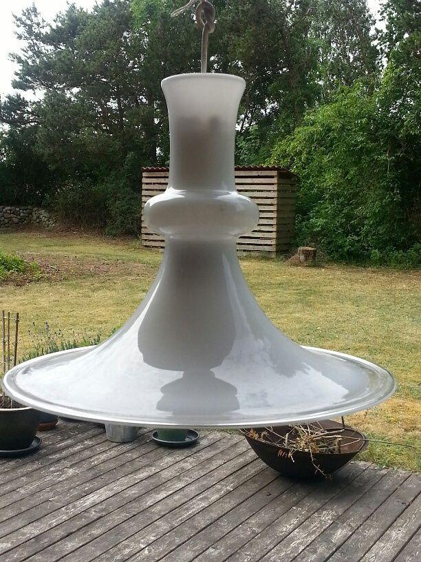 Flot Denne lampe er en af klasikkerne fra Holmegaard, lampen kan nemt MF-13