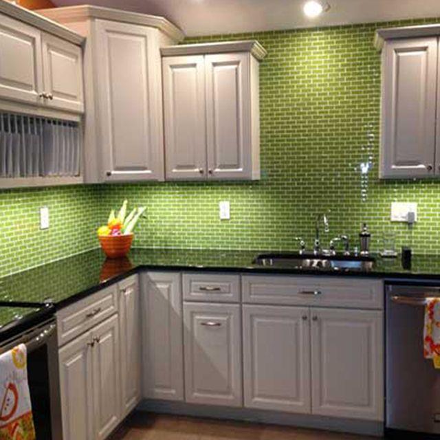 Inspirare con esta moderna #cocina que combina materiales como ...