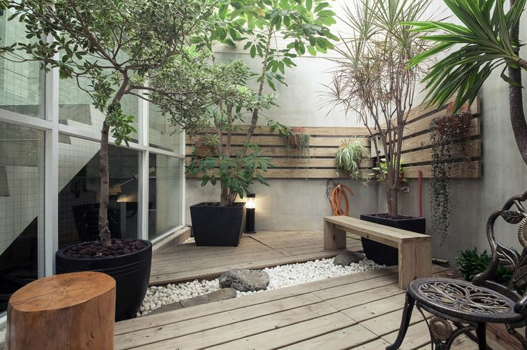 Mini Zen Garden. Simple Wood Plank Decking Is Bisected By A U201criveru201d