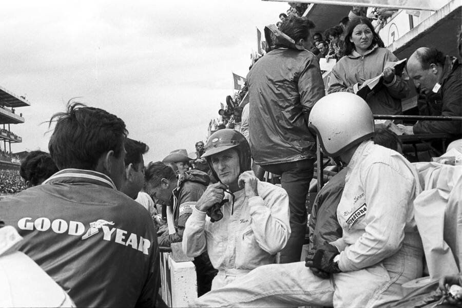 From Motorcycle Races And Commanding Wwii Tanks To Leading Ford To Victory Over Ferrari At 24 Hours Of Le Mans In 1966 Ken Mi Ken Miles Le Mans Carroll Shelby